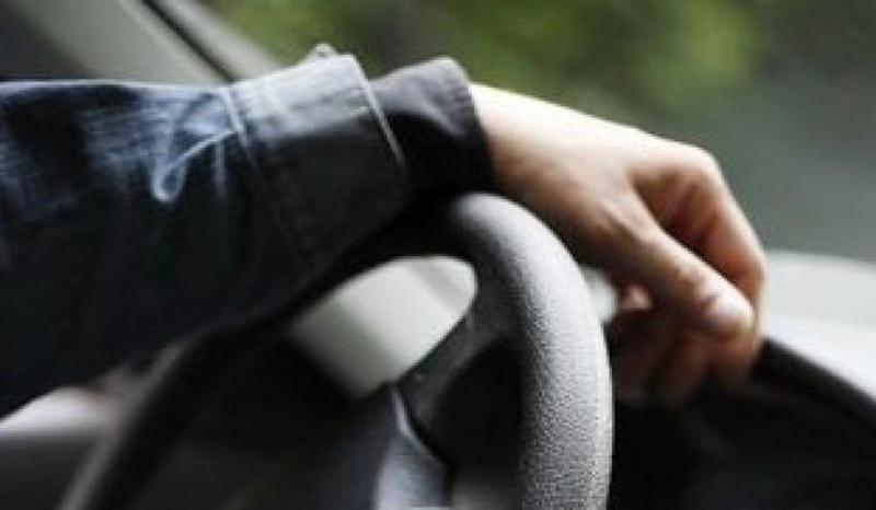ГАИ рука за рулем