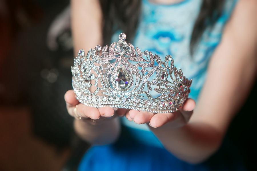 Мисс корона